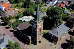 Ev. Kirche: Luftaufnahme